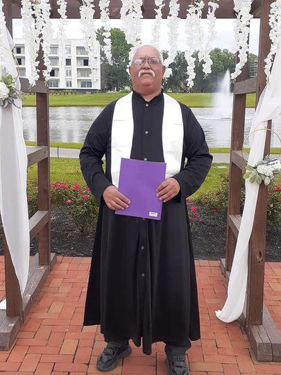 robe pastor 51 2032211 162778598262723