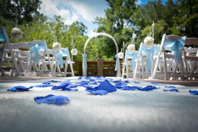 Outdoor ceremony deck