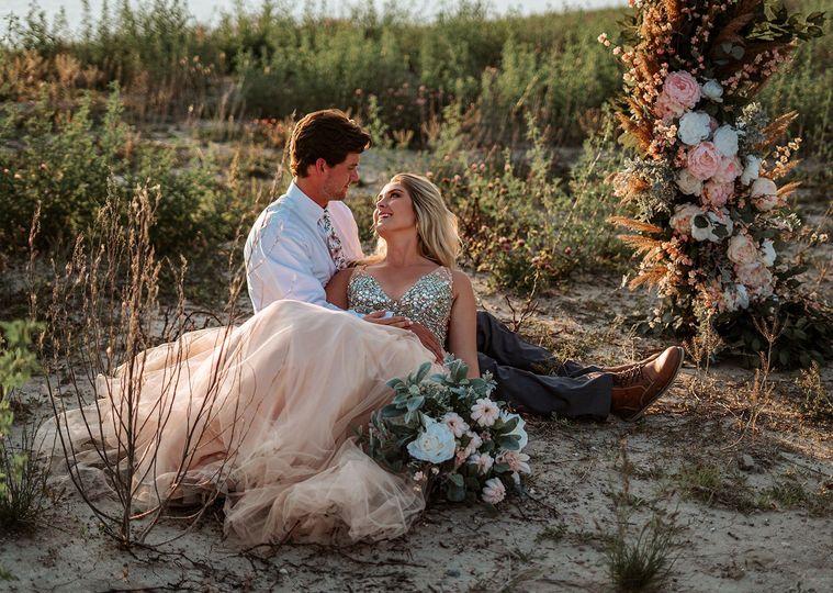 bride groom 51 1083211 159253461288617