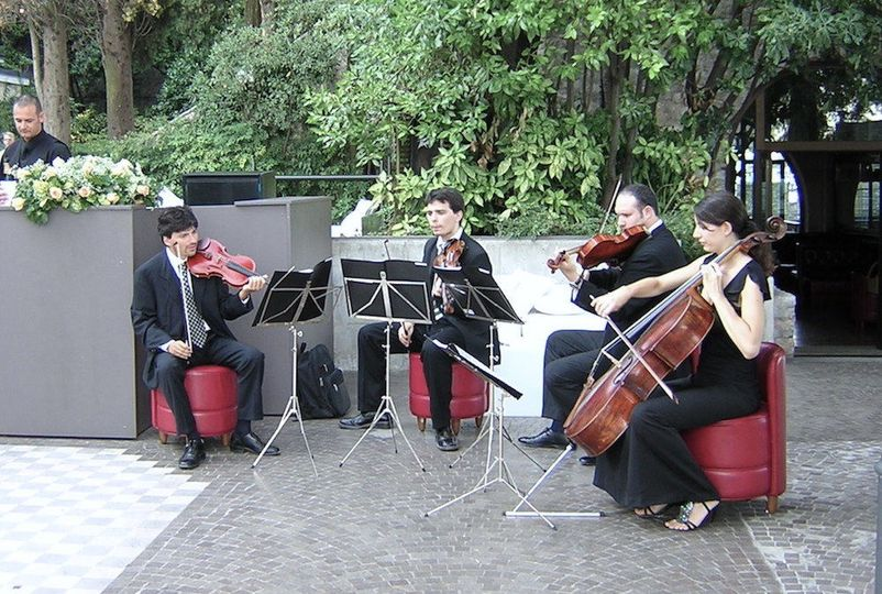 500f0072c2c99750 1517596832 d4b6a47c07a866b9 1517596816036 8 Strings Quartet 00