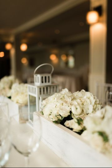 table decor  photo by emilyvistaphotography-hudson valley