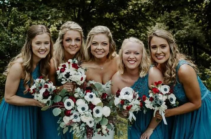 Tmx Blooming1 51 1048211 1569004313 Saint Charles, IA wedding florist