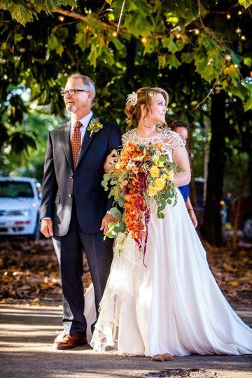 Bride's fresh wedding flowers