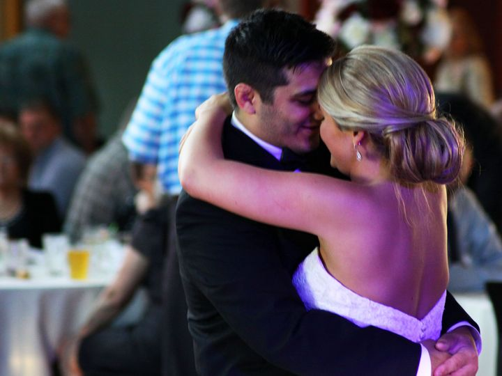 Tmx Cecily And Joe 21 51 512311 160251368218188 De Pere, Wisconsin wedding dj