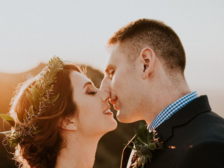 Tmx 1537401686 6a91c9b6436a4260 1537401685 2453b0331b0bdd45 1537401697877 1 Alaina   Jared   O Issaquah wedding beauty