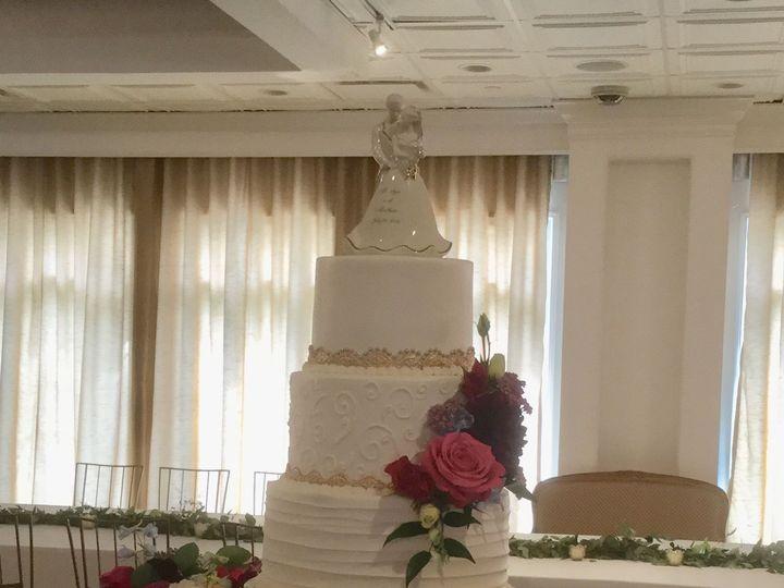 Tmx 1533755641 77e52308d6a1b4b6 1533755639 F4eae475d6eb00a1 1533755631332 6 IMG 0440 Fishers wedding cake