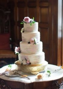 Tmx 1533755928 Dedd30aa15c630e6 1533755926 0a9c7093e747f4f1 1533755913417 13 IMG 0311 Fishers wedding cake