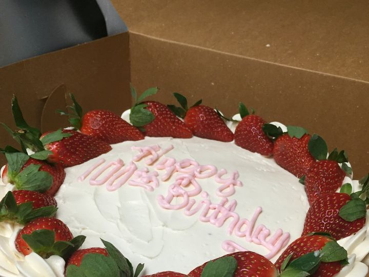 Tmx 1470002140998 2015 12 27 17.46.03 Canandaigua wedding cake