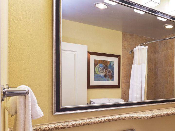 Tmx 1427735196326 Crptscorpuschristitxguestbathroom Corpus Christi wedding travel