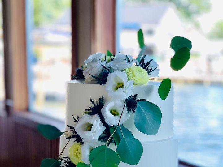Tmx Img 5563 51 695311 158360519337798 Wolfeboro Falls, NH wedding cake