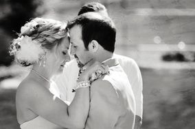 Elizabeth Morris~Wedding Photographer