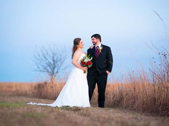 Tmx Faithtyler 112 51 1259311 161005185228254 Topeka, KS wedding photography
