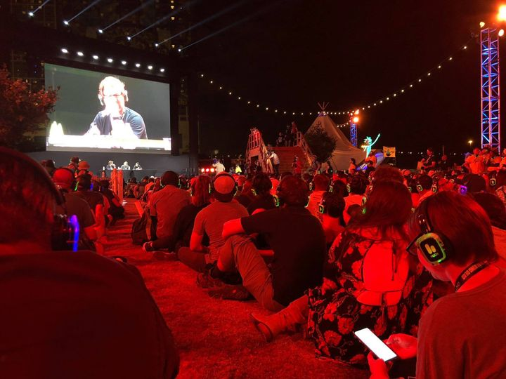 Silent disco for outdoor movies