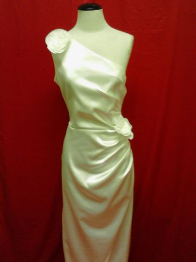Lea\'s Custom Sewing - Dress & Attire - Columbus, OH - WeddingWire