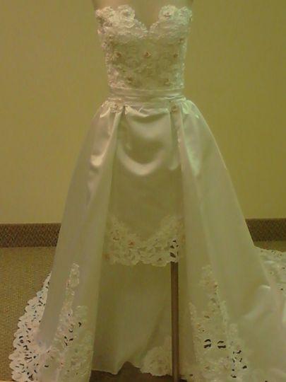 Lea 39 s custom sewing dress attire columbus oh for Wedding dress alterations columbus ohio