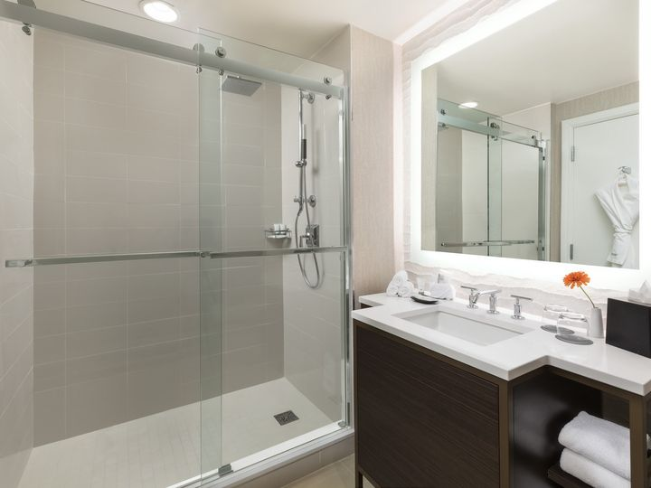 Tmx Wes Msywi Bath Shower  51 152411 157738417712981 New Orleans, LA wedding venue