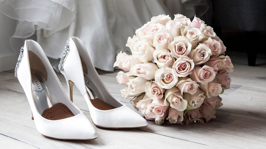 bouquet small 51 1072411 1570503933