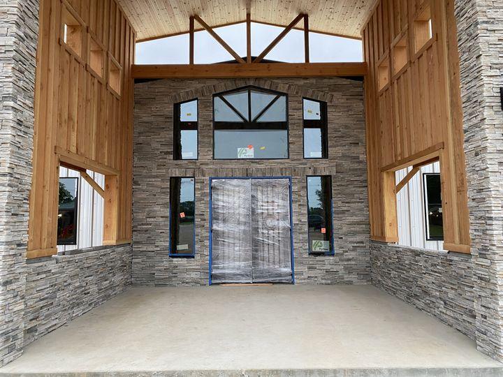Circle C Barn Entry