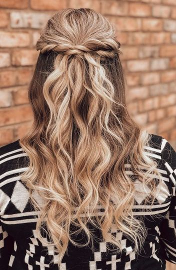 Blond twists and curls