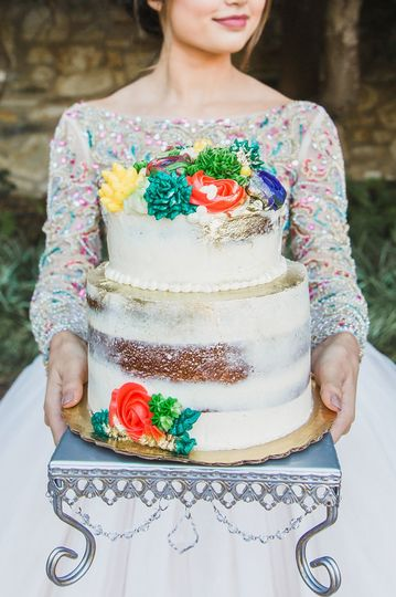 Colorful cake | Photography: @kelleywphotosFlorals: @anastasiyasblooms @cassia.foretVenue: Old...