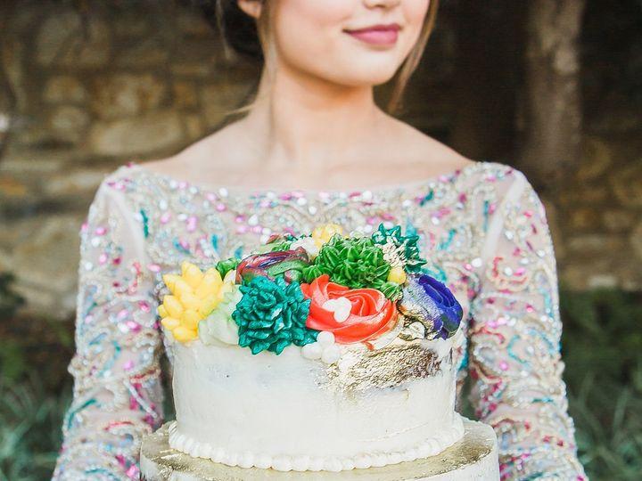 Tmx 1517188169 845bd44afb32188e 1517188168 6d41f3c018654e98 1517188166943 10 1D4A3136 Salinas, California wedding cake