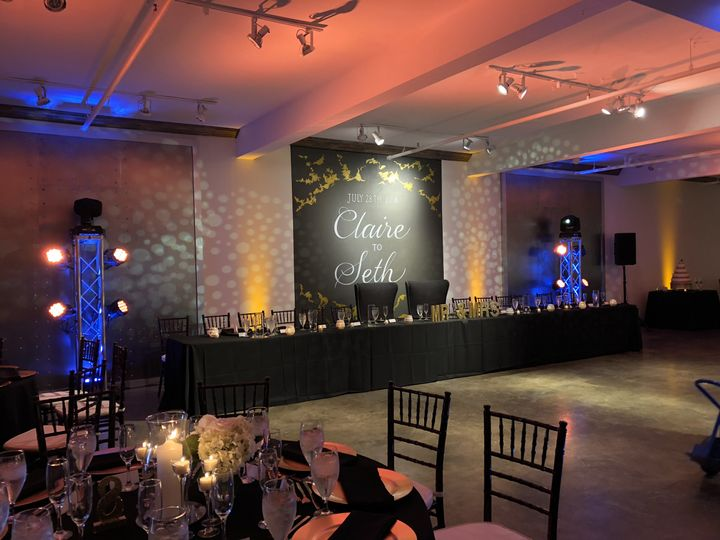 Head table and lighting