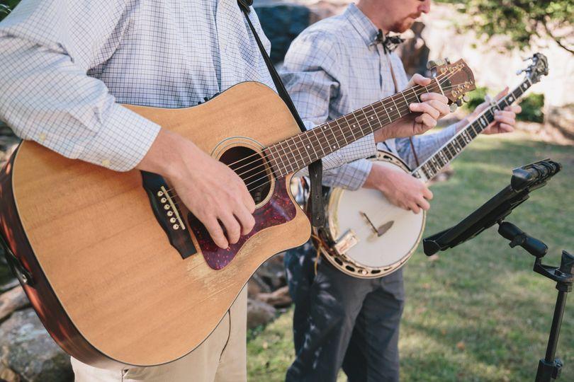 banjo and guitar tara nathan pic