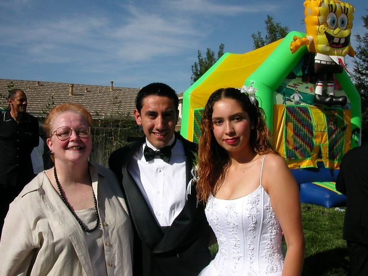 Fantastic garden wedding with fun for all ages.