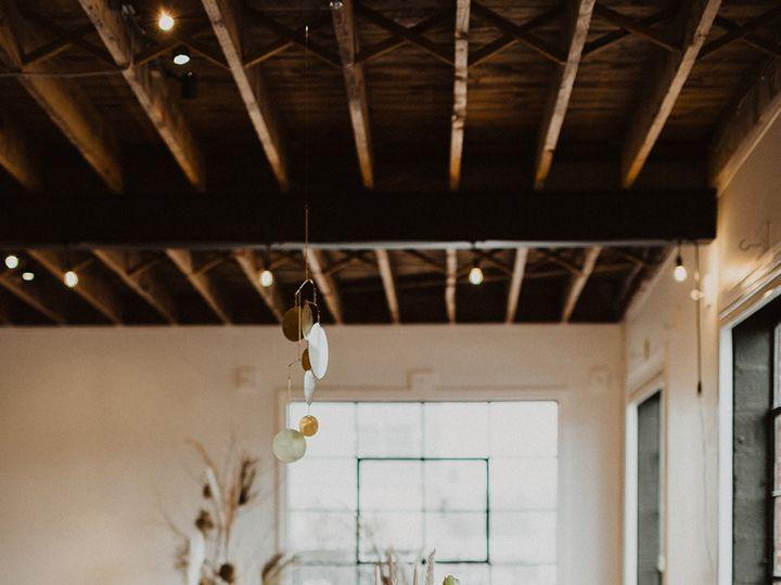 Tmx Cozyorganicshoot Refinery Kelseyrae 22 9 2 5 Websize 51 1030511 1558574621 Culpeper, VA wedding venue