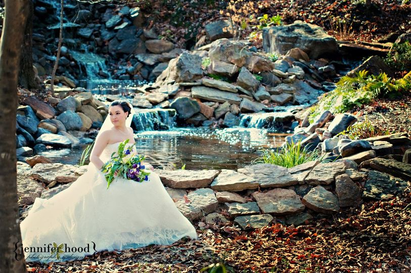Bridals by the falls