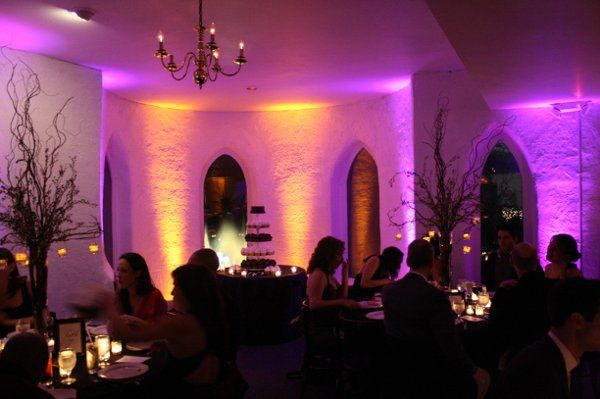 Beardslee Castle uplighting Black Tie Entertainment