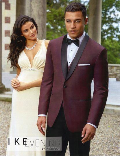 savvi exclusive burgundy shawl