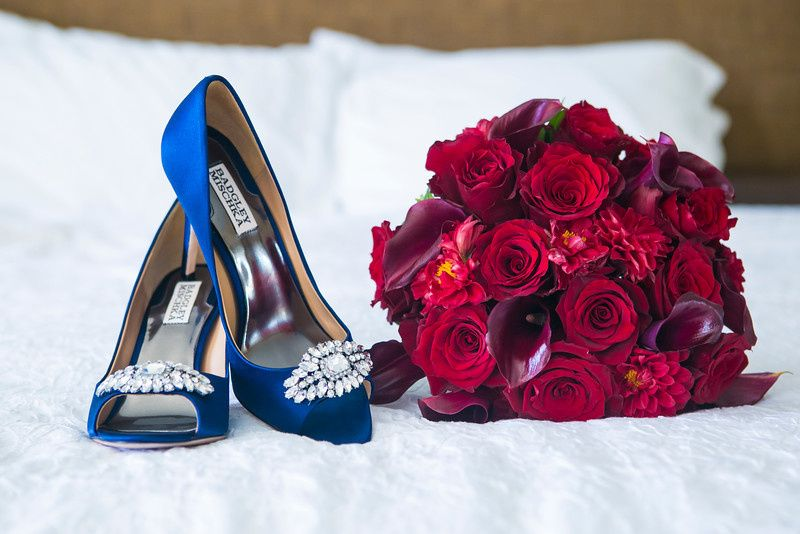 Bouquet and bridal shoes