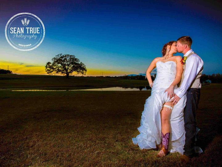Tmx 1486568297691 Kaitlynchadweddingmountainviewfarmsunsetimage2016f Durham, NC wedding photography