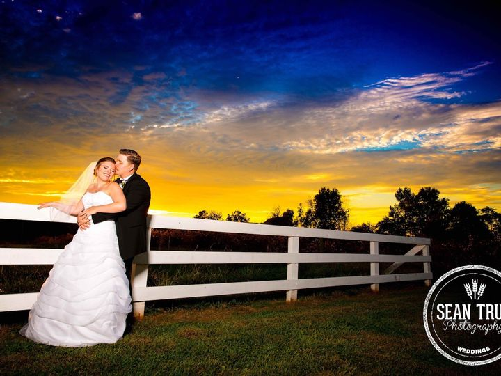 Tmx 1486568315546 Laurenjoesunsetimagemerryhill2016fb Durham, NC wedding photography