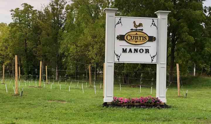 Curtis Manor