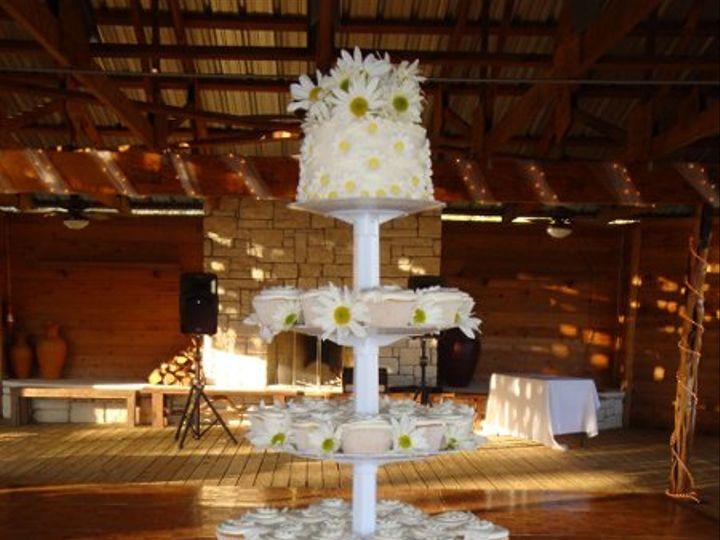 Tmx 1270756950789 Daisycupcaketower Canyon Lake wedding cake