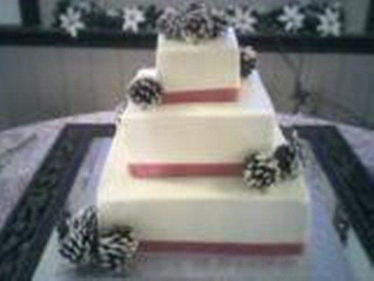 Tmx 1270757027383 Winterweddingcake Canyon Lake wedding cake
