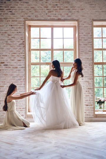 bride3 51 1059511 1560796095