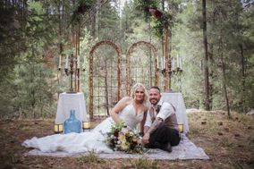 Lauras Events & Weddings Unleashed LLC