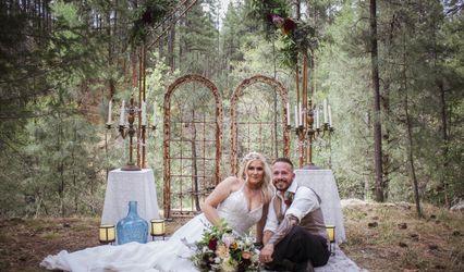 Lauras Events & Weddings Unleashed LLC 1