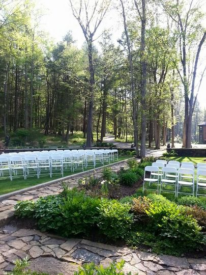 Sculpture ceremony traditional aisle seating