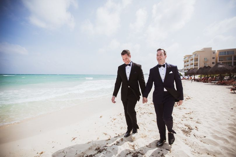 2justin and bill wedding cancun mexico by stefan ludwig photography buffalo ny 94 x 51 753611