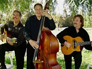 The Gypsy Swing Cats - 3 piece acoustic old time fun swing jazz and European music. The Gypsy Swing...