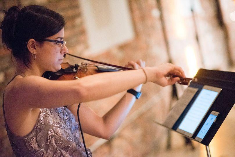 Solo violin with tracks