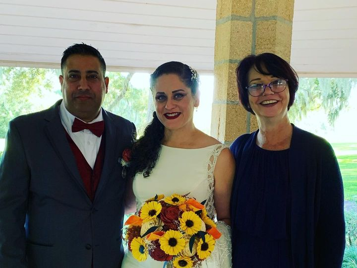 Tmx D01b985f D65f 4aed 8ebf 74c3ff4b651f 51 1019611 157513654096090 Orlando, FL wedding officiant