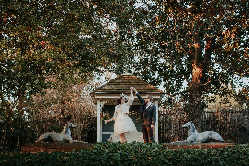 Quirky winter wedding by Darcy Troutman Photography