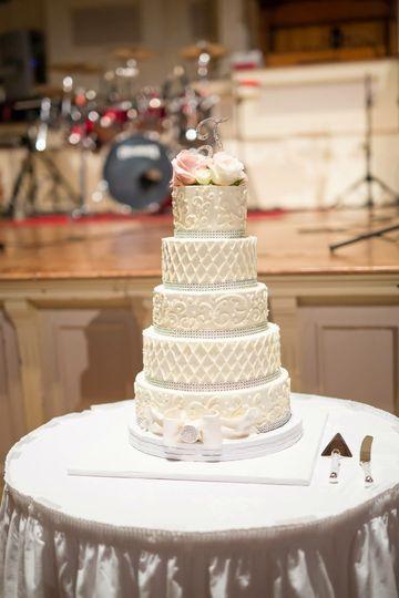 wedding cake filtered