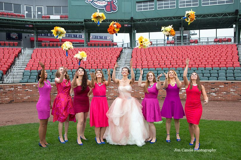 Bouquet throwing