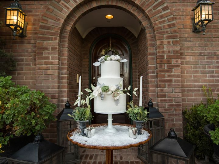 Tmx 1440463009072 Winterwed0103 Thousand Oaks, California wedding cake